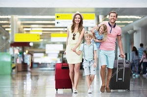 family-in-the-airport